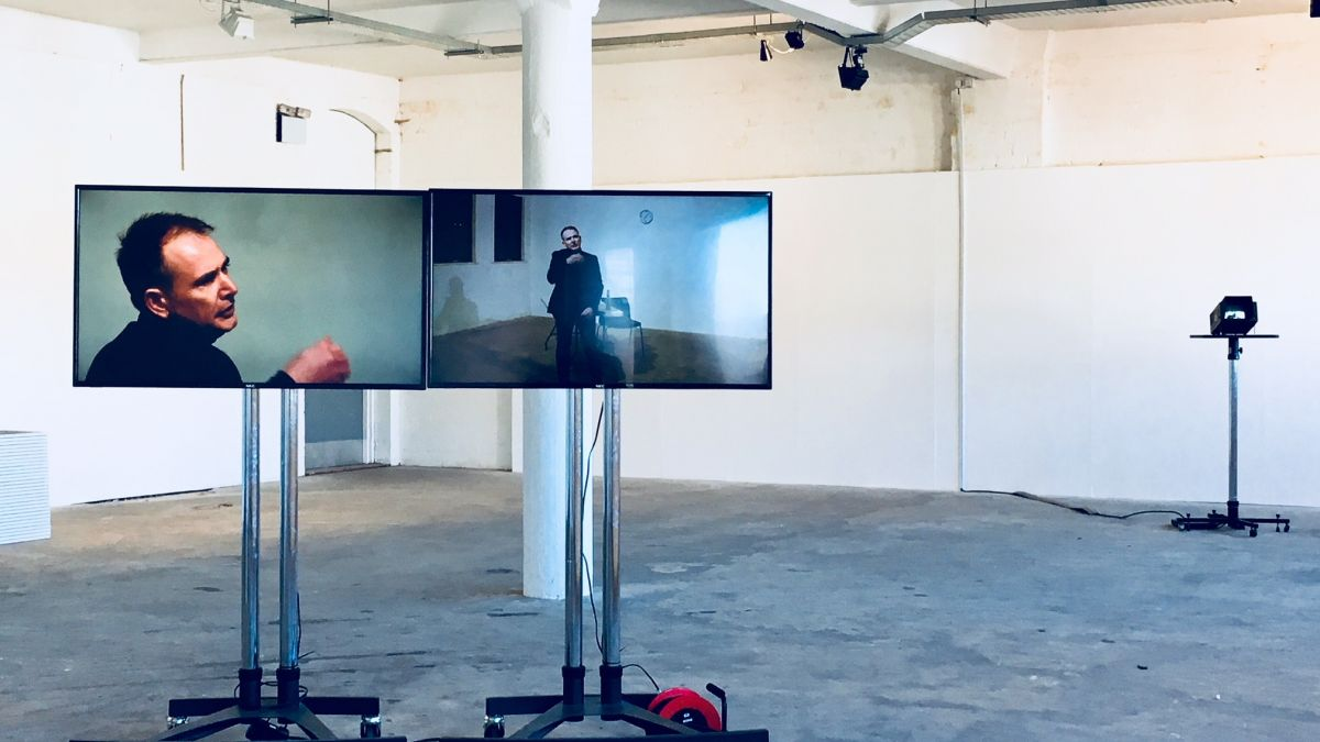 Untitled live video interaction2018
